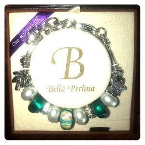 Bella Perlina bracelet one size fits all